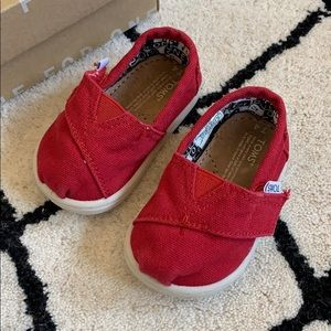 Toms canvas baby shoes